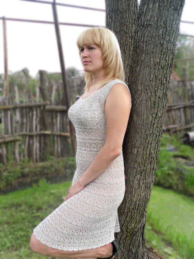 А это моё вообще первое заказное платье, результатом доволены, вязала так же из хлопок+вискоза, пряжа Летняя из...