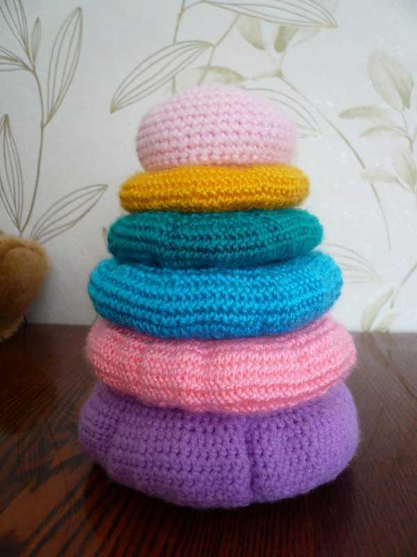 вязание крючком - игрушка пирамидка