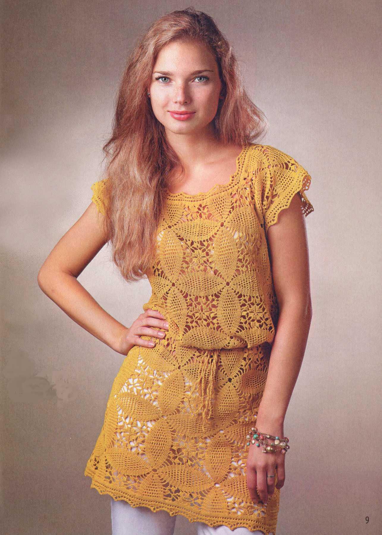 платье-туника из цветочных мотивов вязаное крючком