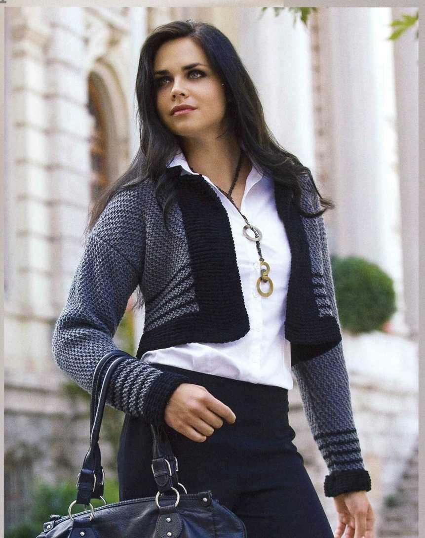 Короткий серый жакет раздел спицами вязание спицами - кофты, схемы моделей.