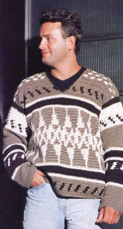 Мужской пуловер вязаный крючком
