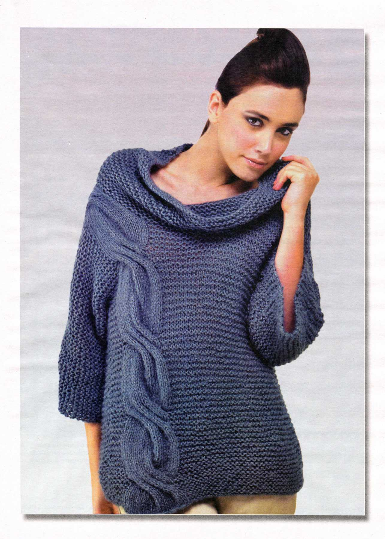 пуловер с косой вязаный спицами