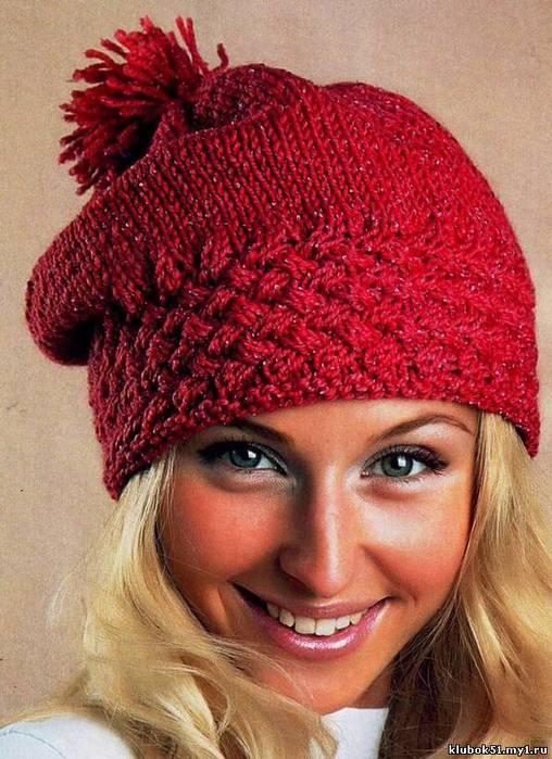 Женская шапка вязаная спицами
