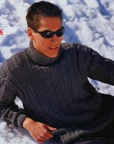 Мужской пуловер - водолазка