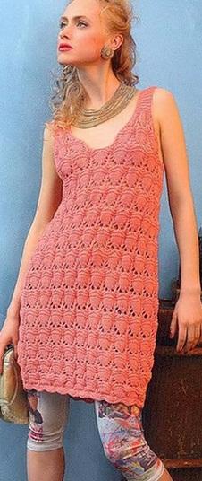 Мини-платье вязаное спицами