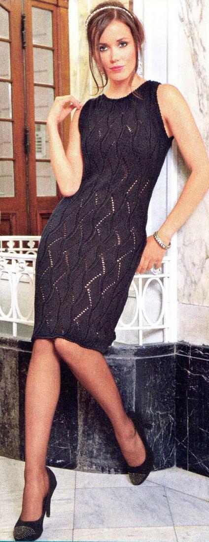 Платье связанное спицами из шелковой пряжи