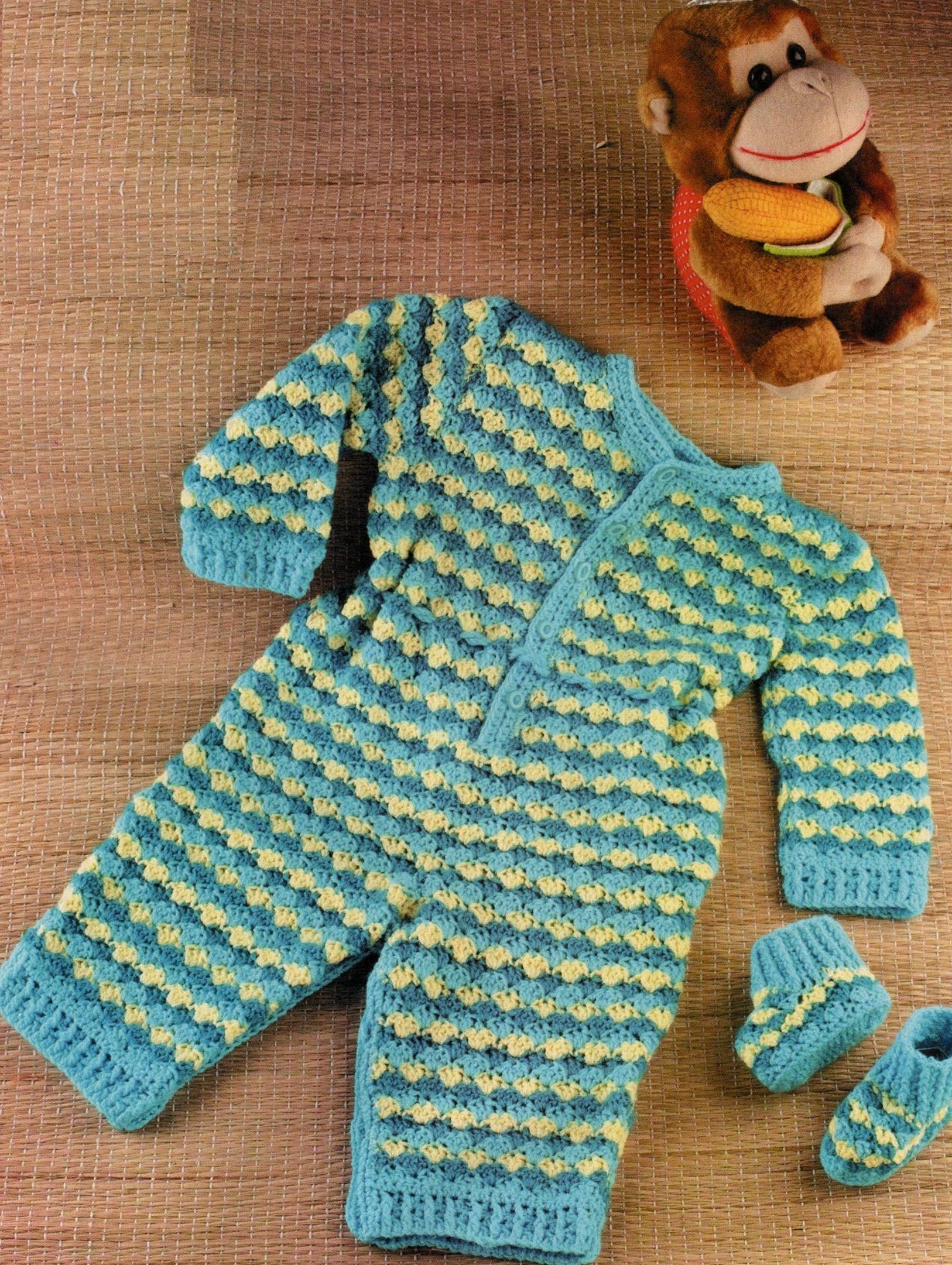 Комбинезон и пинетки на новорожденного вязаные крючком