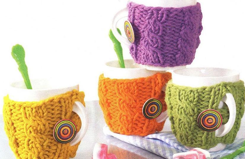 Чехлы для чашек вязаные спицами
