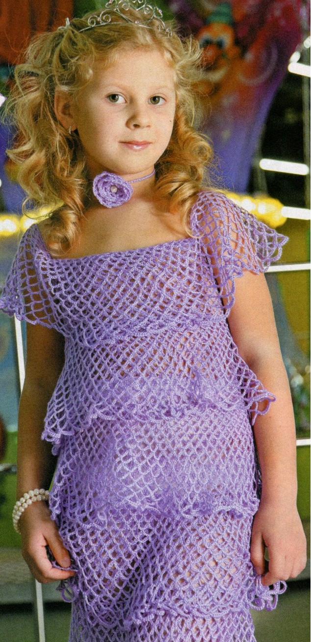 Нарядное платье для девочки на новый год вязаное крючком