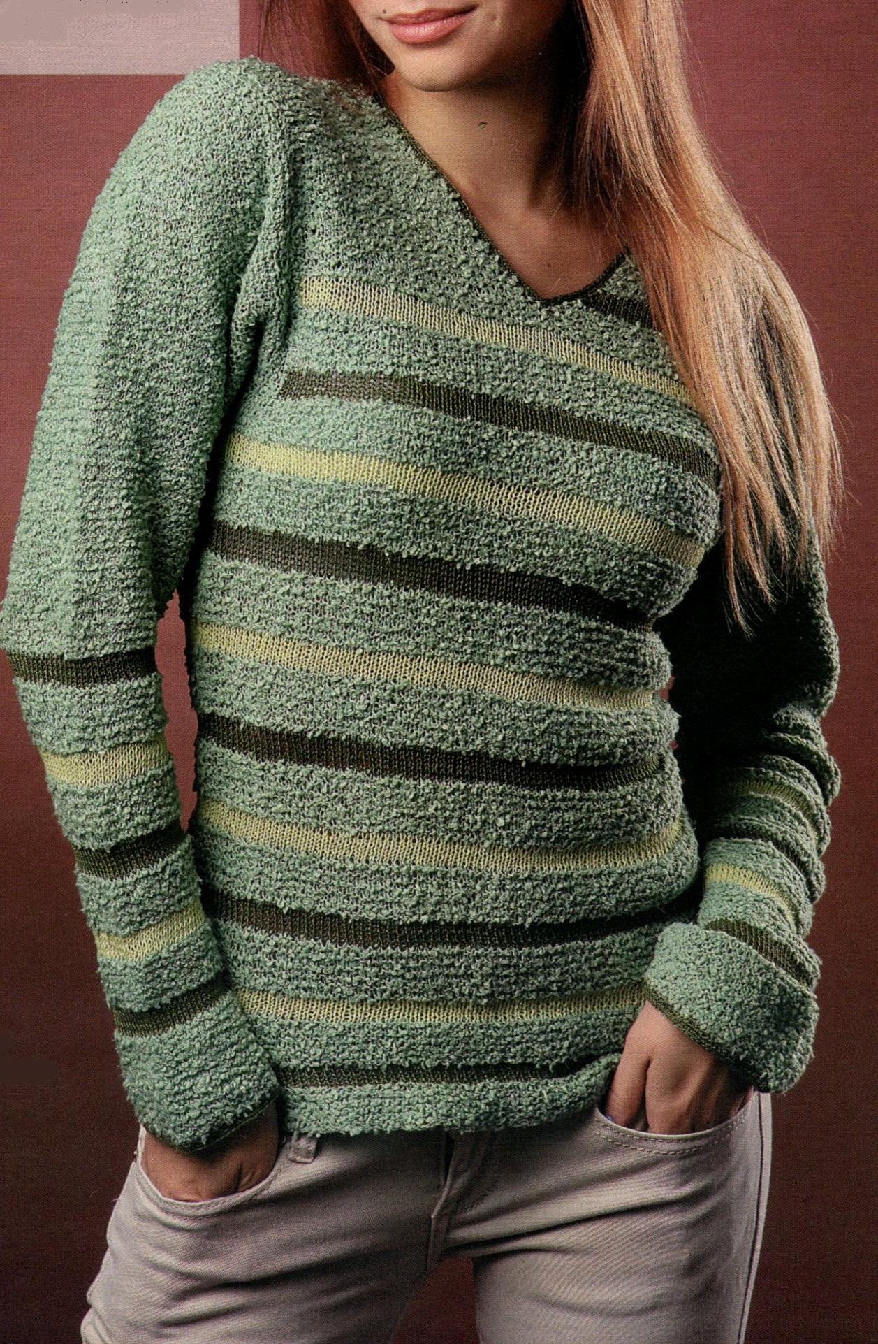 Полосатый пуловер вязаный спицами