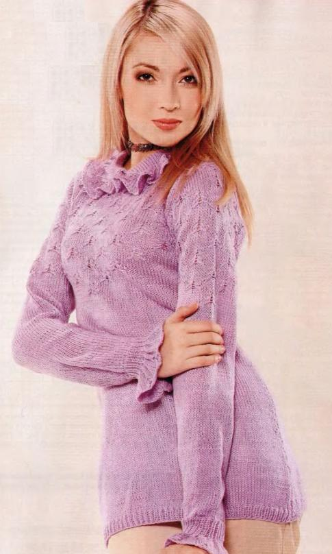 Пуловер с рюшами вязаный спицами