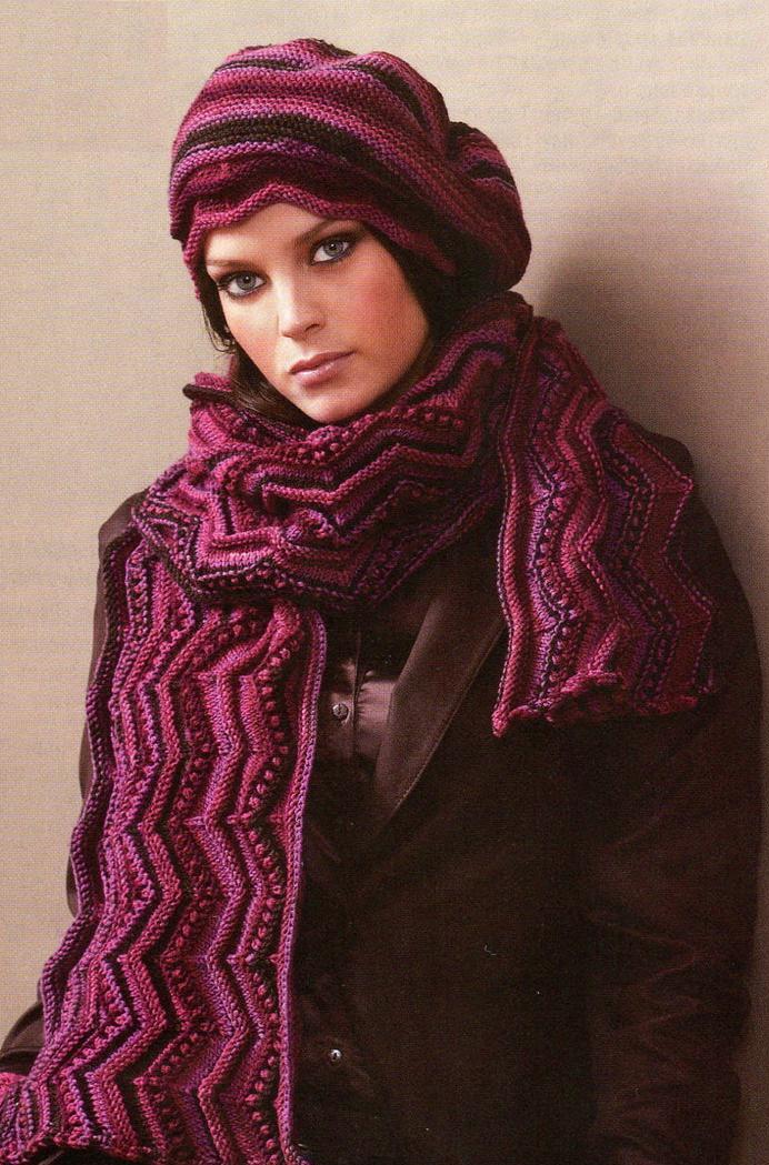 Шапочка и шарф вязаные спицами