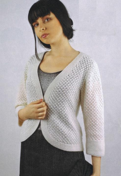 Жакет с закругленными планками вязаный спицами