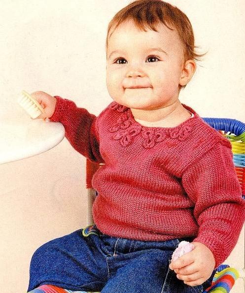 Вязание малышам спицами, пуловеры для малышек, комплекты вязаные В комплектах для малышей спицами есть шапочки