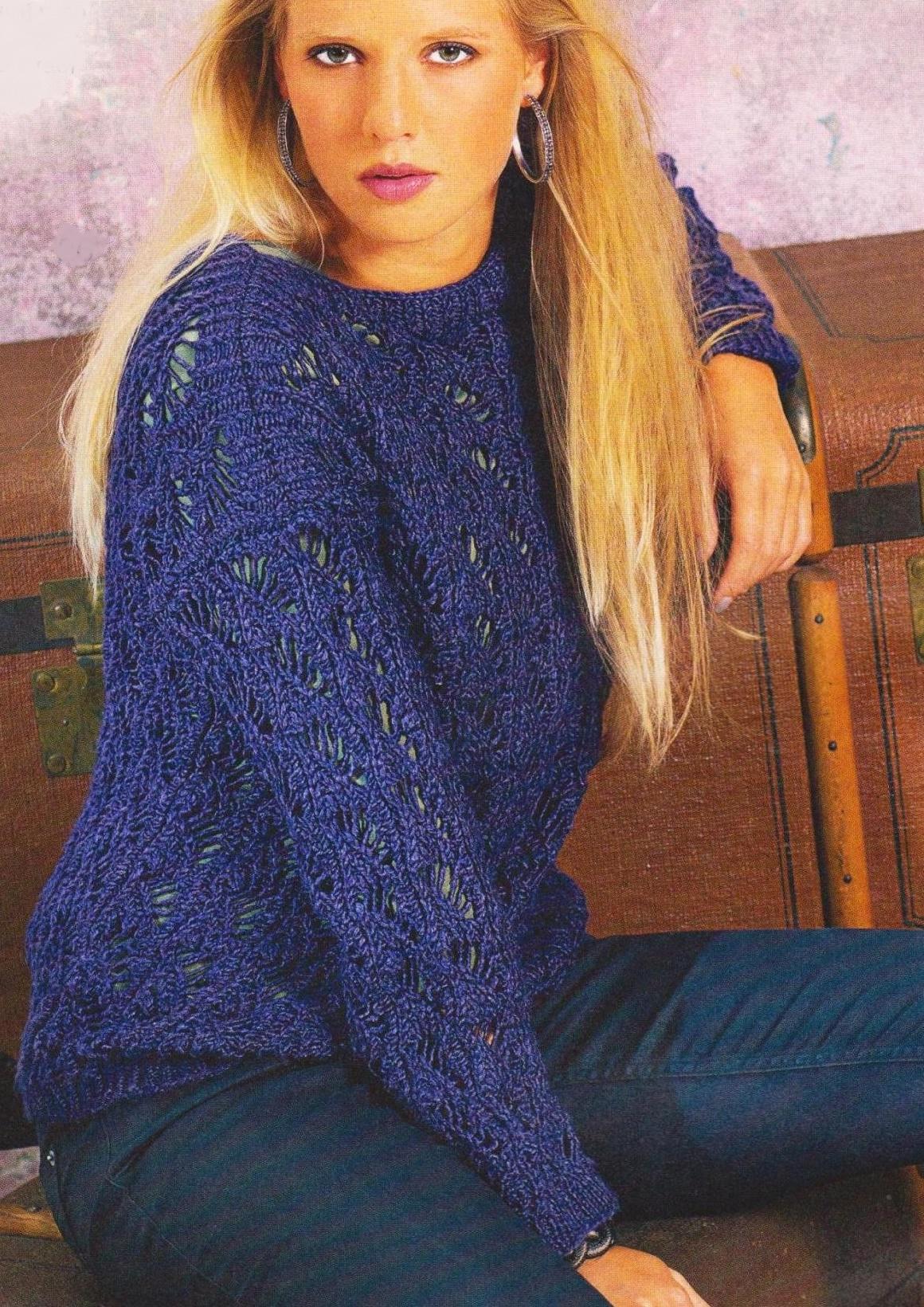 Пуловер из веерного узора спицами