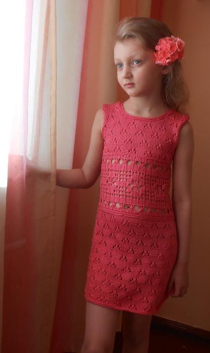 Платье с ажурной планкой