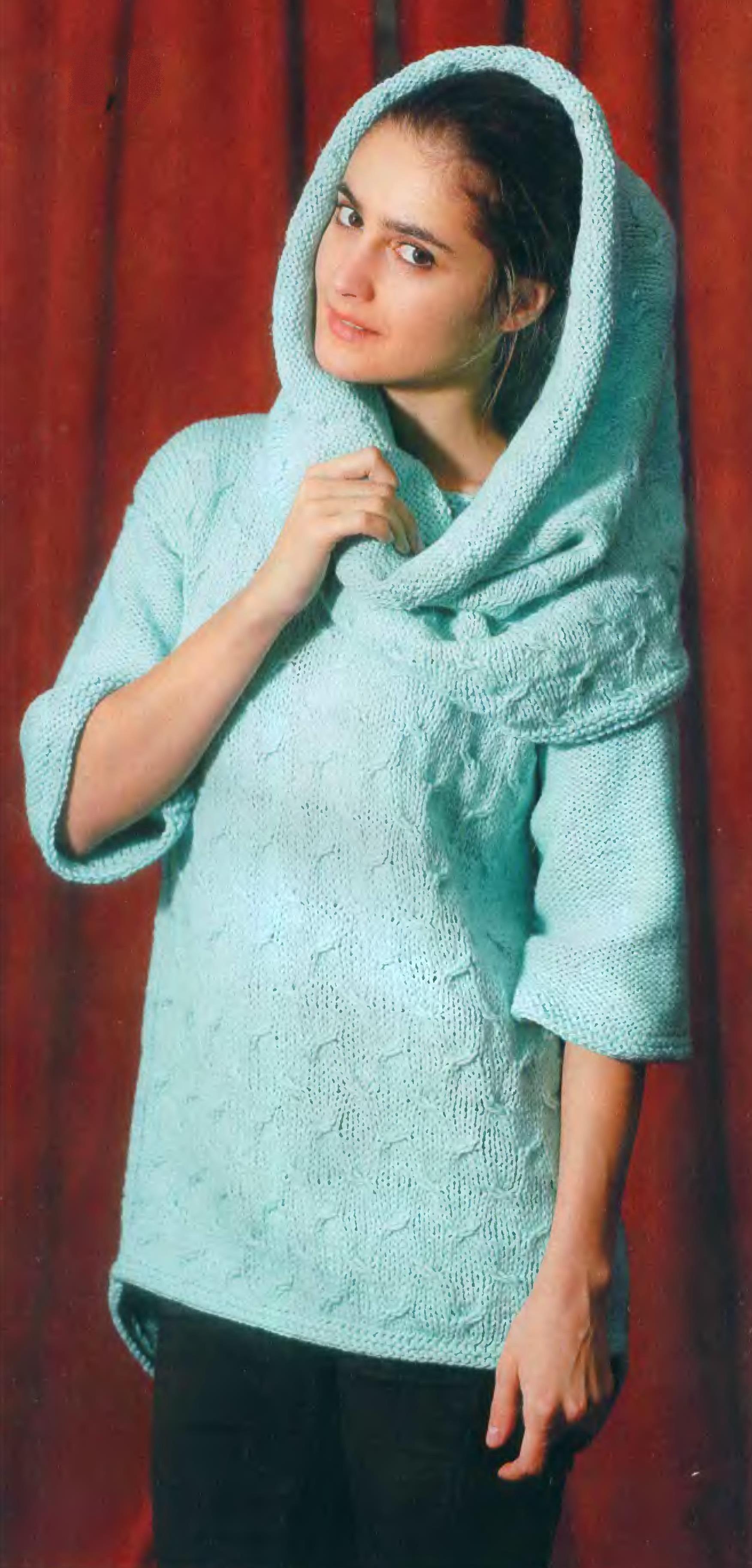 Пуловер и снуд вязаный спицами